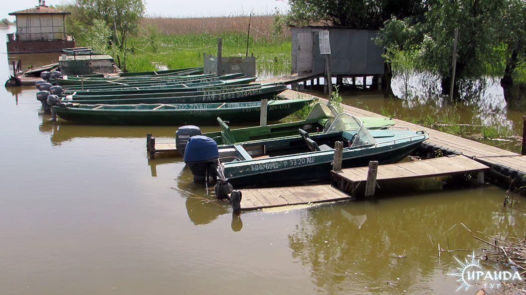 продам стоянка лодок и катеров